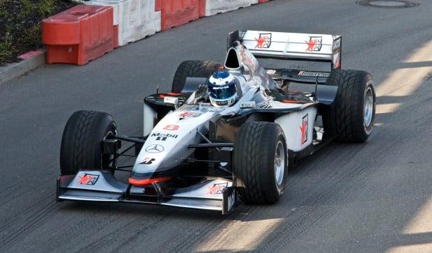 Mika_Hakkinen_2008_Stars_and_Cars_McLaren_MP4-13