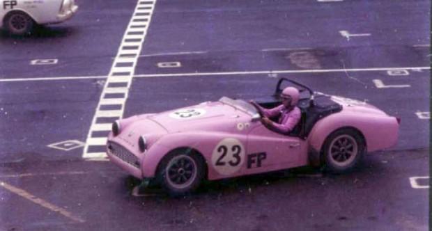 Racing_Ladies_04pop