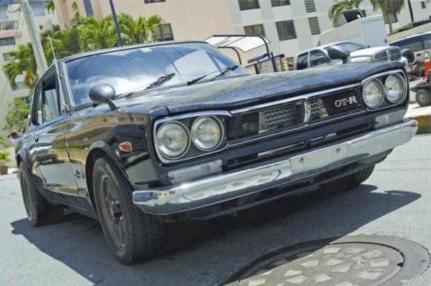 1971_Nissan_Skyline_GT-R-04