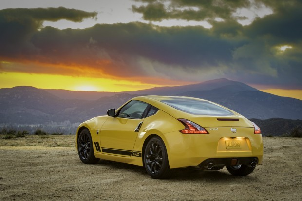 2018 Nissan 370Z Heritage Edition photo 5
