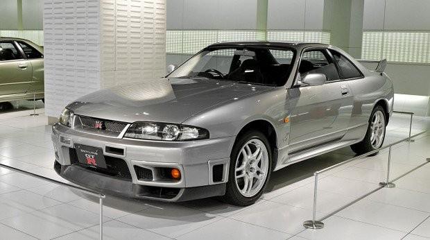 Nissan_Skyline_R33_GT-R_001-620x346