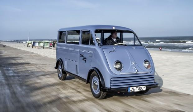 audi-fully-restores-1956-dkw-electric-schnellaster-van_2