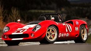 GD T70: a experiência de pilotar um carro de corrida clássico com mecânica e tecnologia modernas