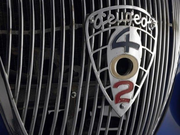 1937-peugeot-darlmat-hood-badge-b