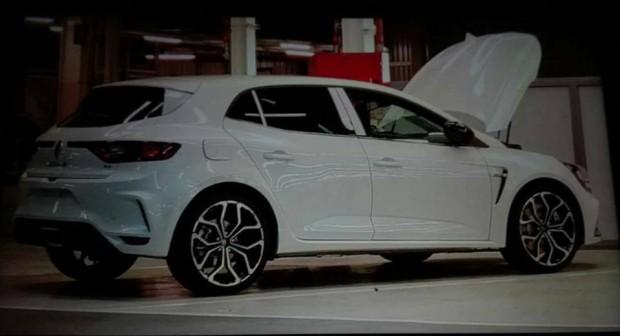 Renault-Megane-RS-Leak-