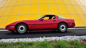 O Museu do Corvette restaurou o carro de um policial que morreu em serviço