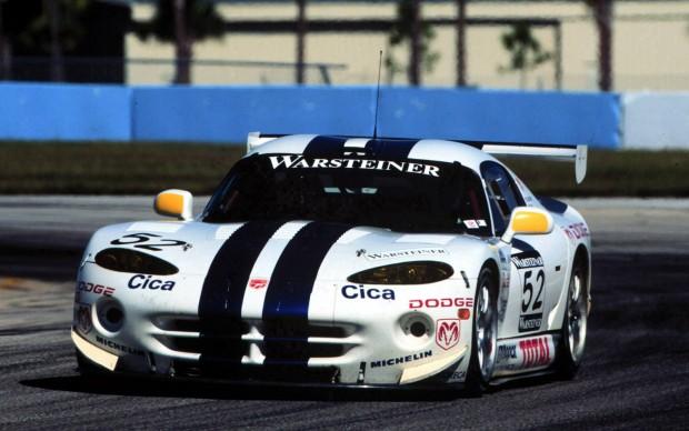 2000-Dodge-Viper-GTS-R-Le-Mans