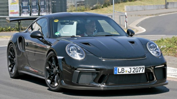 2018-porsche-911-gt3-rs-spy-photo