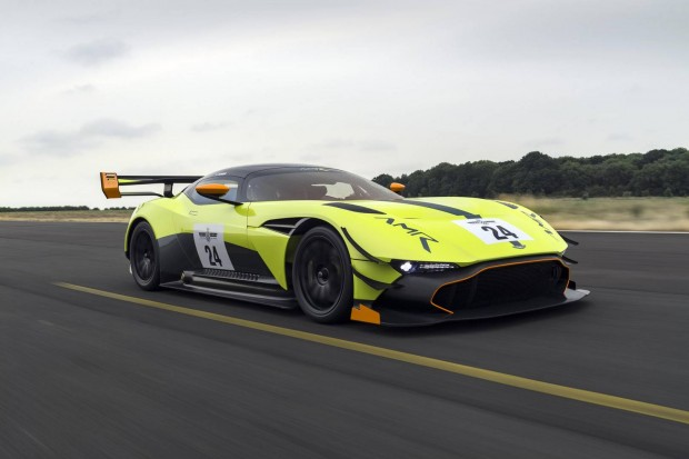 Aston-Martin-Vulcan-AMR-Pro-13