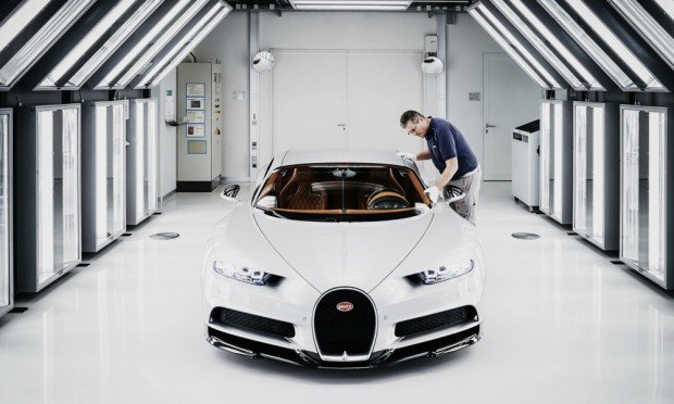 Inside-the-Bugatti-Chiron-Factory-5
