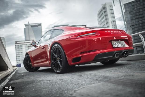 Porsche-Carrera-S-991-2-FlatOut-7
