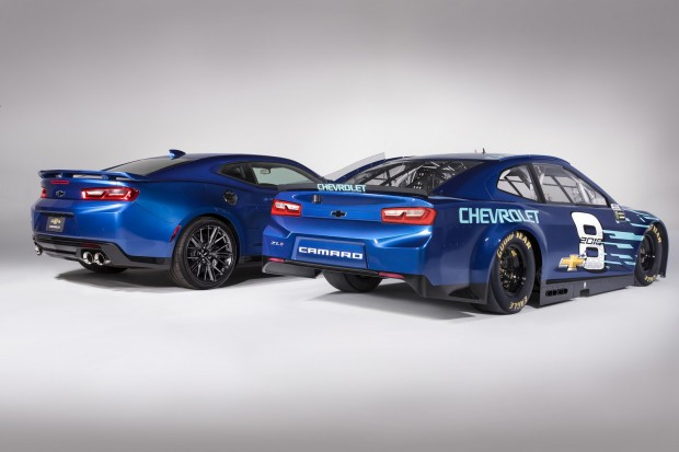 Chevrolet-Camaro-ZL1-Racecar-2