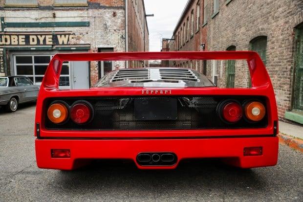 FerrariF40-16-1