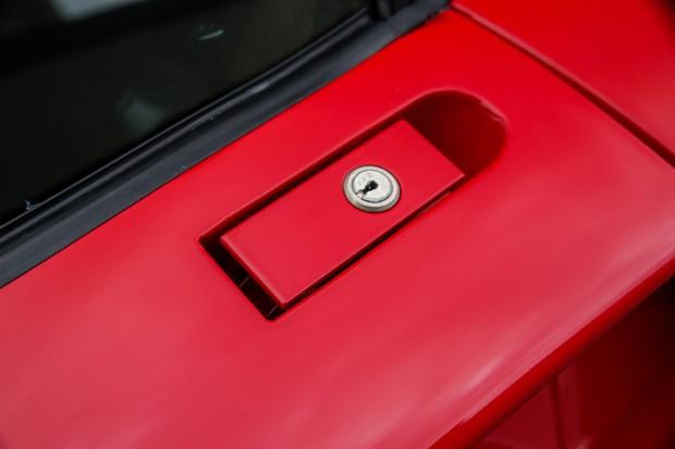 FerrariF40-88-1