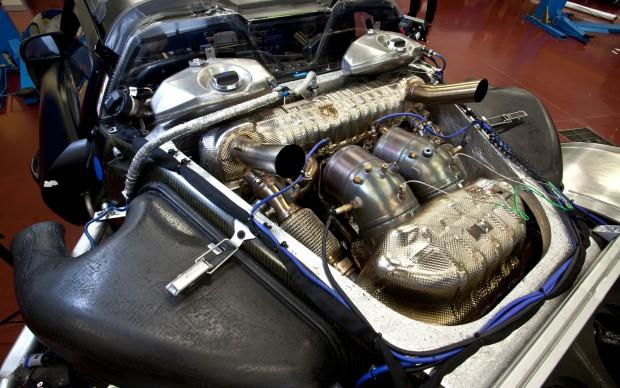 Porsche-918-Spyder-prototype-engine