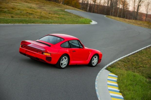 Porsche_959-10