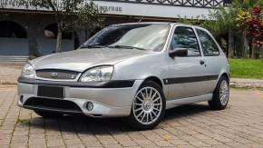 """Um Fiesta 1.6 """"Zetec-S"""" preparado, customizado com bom gosto e à venda"""