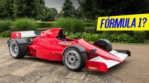 """Lola F1R: o """"carro de Fórmula 1 para as ruas"""" não é um carro de Fórmula 1"""