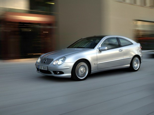 mercedes-benz_c_30_cdi_amg_sportcoupe_2