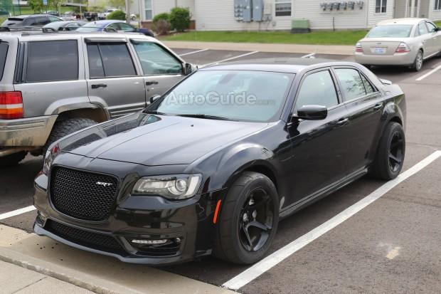 Chrysler-300-SRT-Spied-1-copy