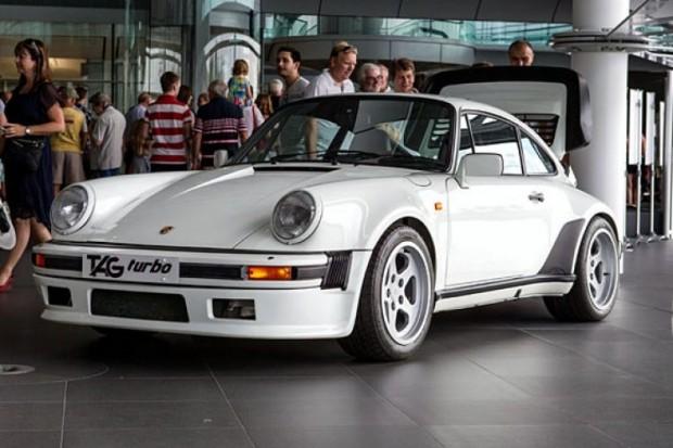 Porsche-911-930-TAG-F1-750x500