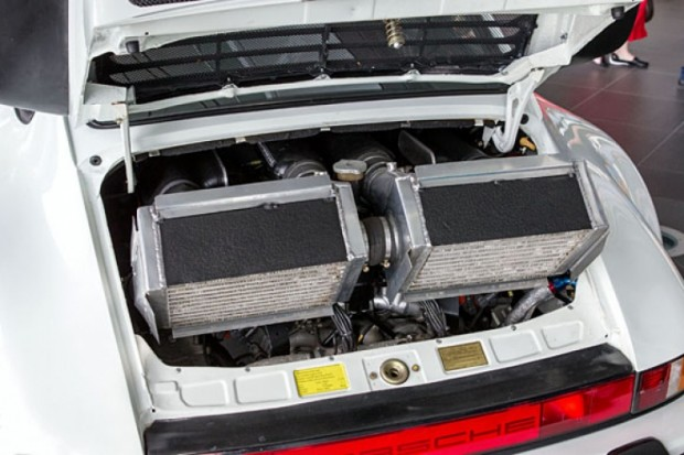 Porsche-911-930-TAG-F1-engine-2