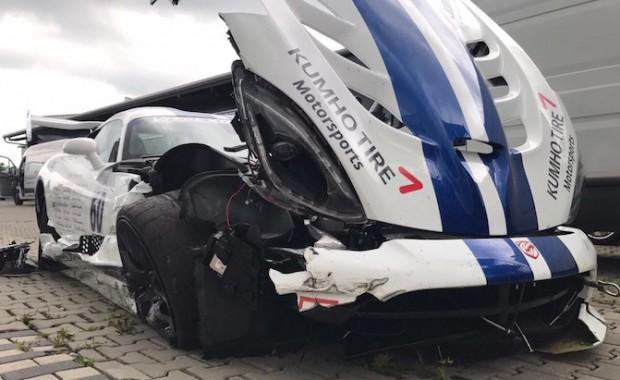 Viper-ACR-Nurburgring-Crash