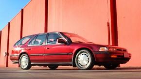 >>> Esta Honda Accord EX CB9 deliciosamente original está à venda!