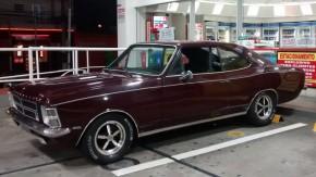 >>> Um Opala 1974, seis cilindros, injetado e com visual clássico por menos de R$ 25.000