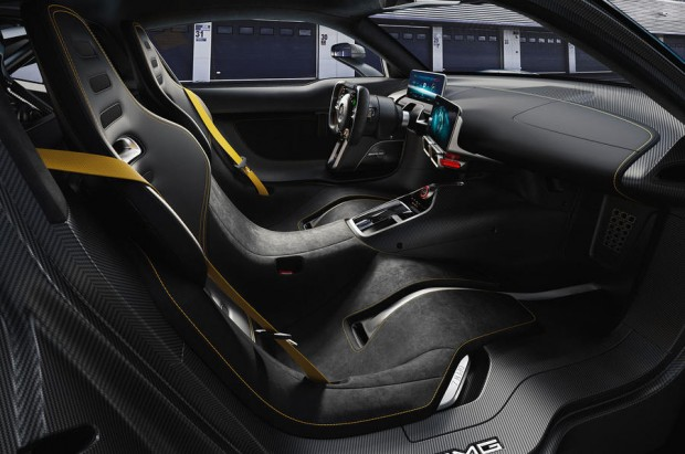 Showcar Mercedes-AMG Project ONE, zweisitziger Supersportwagen-mit modernster und effizientester Formel 1-Hybrid-Technologie, High Performance Plug-in Hybrid Antriebsstrang mit 1,6-Liter-V6-Turbobenzinmotor und vier Elektromotoren // Showcar Mercedes-AMG Project ONE, two-seater supersports car with the very latest and efficient, fully-fledged Formula 1 hybrid technology, high-performance plug-in hybrid drive system with 1.6 1.6-litre V6 turbocharged petrol engine and four electric motors