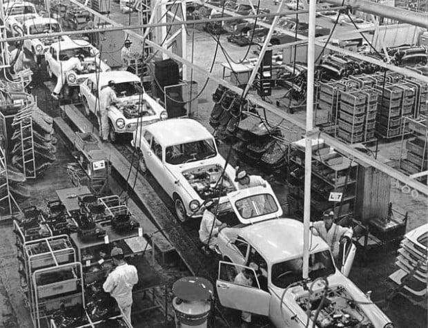 bdda777689a4ea057cf78c87135e828b--honda-auto-factories