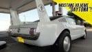 WAT? Um Mustang fastback com motor V8 Hemi e a cara do Plymouth Superbird?