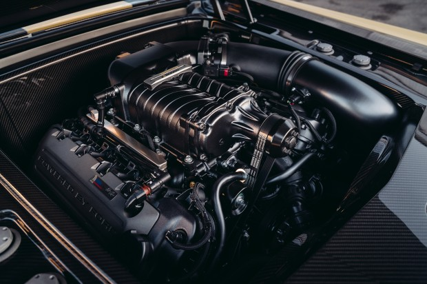 1970-Ford-Mustang-Boss-302-by-SpeedKore-and-Robert-Downey-Jr-engine-01