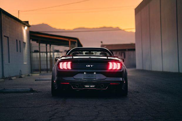 Prepare-se para ficar louco pelos Mustangs do SEMA Show ...