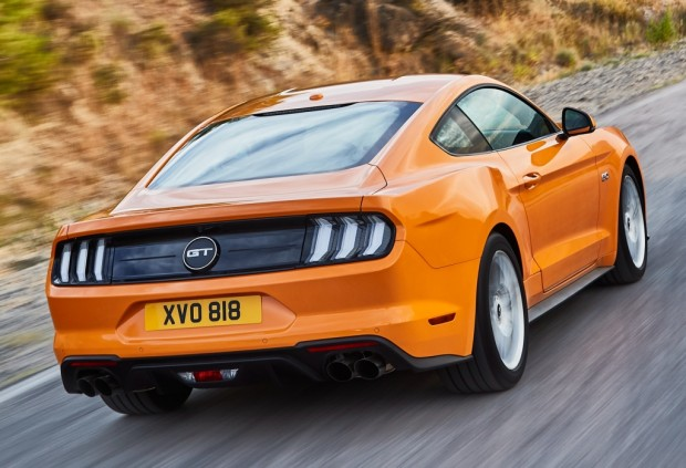 ford_mustang_gt_fastback_160
