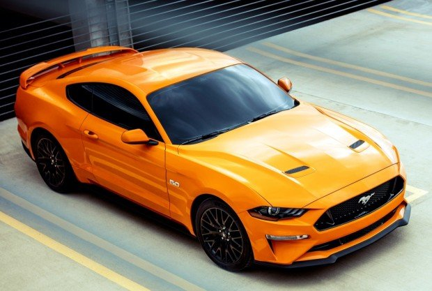 ford_mustang_gt_fastback_480