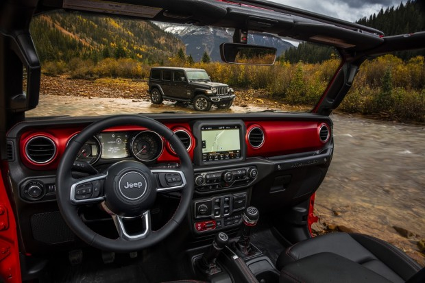 jeep-wrangler-2018-interior-2