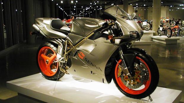 1200px-Ducati_916_Senna