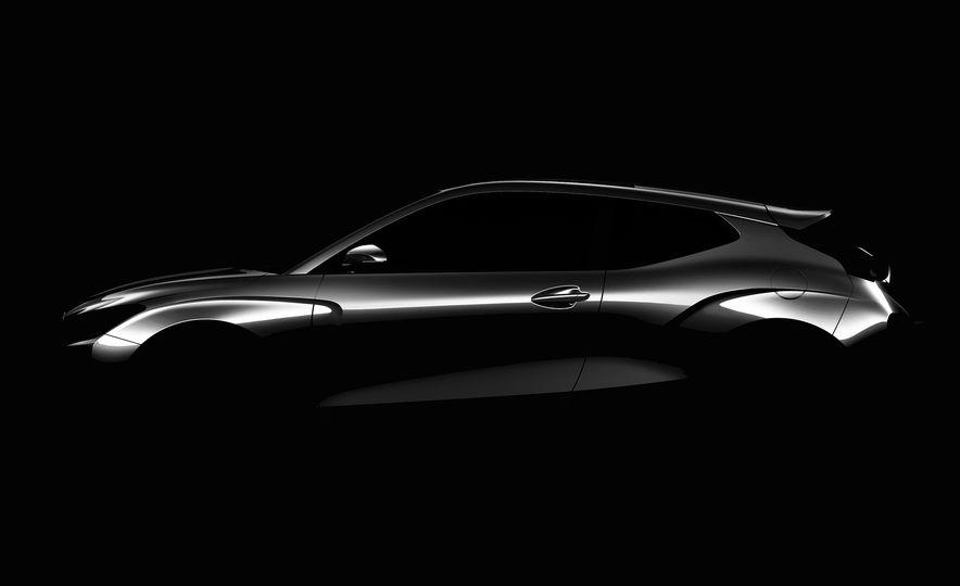 2019-Hyundai-Veloster-105