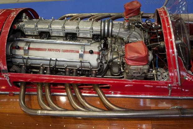 Arno-XI-Ferrari-95104