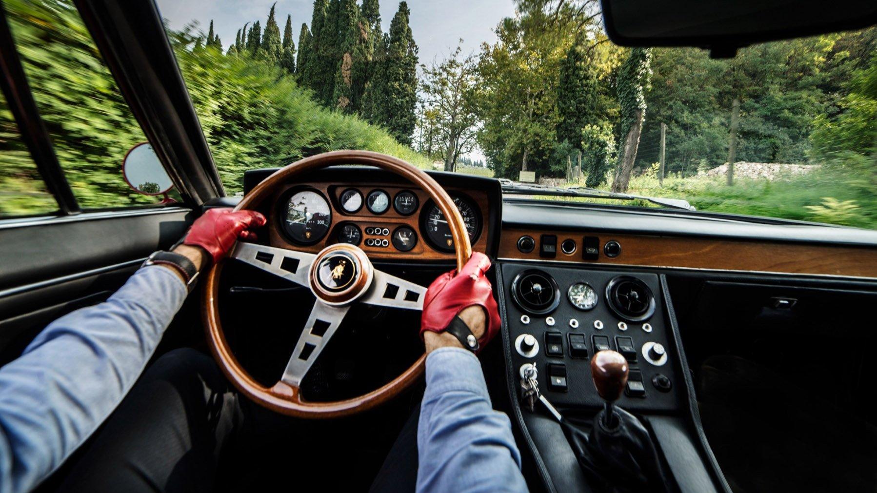 10f688eb21179 De onde vêm as palavras motorista, piloto, dirigir e pilotar – e o que elas  realmente significam