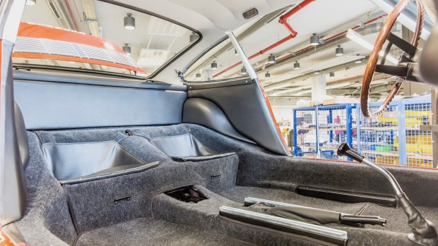 high_911_interior_barn_find_2017_porsche_ag (2)