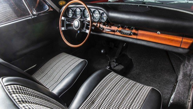 high_911_interior_barn_find_2017_porsche_ag (3)