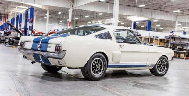 carroll-shelby-gt350h-03