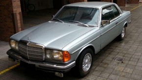Esporte-fino: um Mercedes-Benz 280C Coupe com motor seis-em-linha e 80.000 km rodados à venda