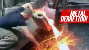 Como esse cara não se queima enfiando a mão em metal derretido? É o efeito Leidenfrost