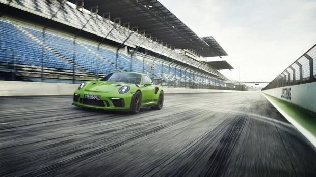 2018-Porsche-911-GT3-RS-1