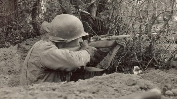M1 Garand during World War II.