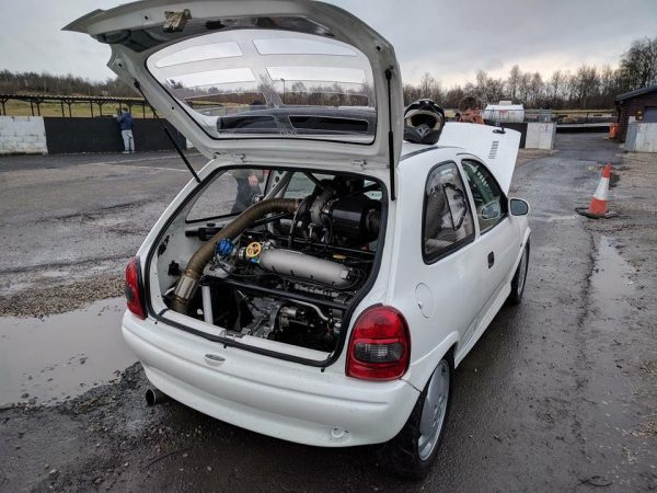 Opel-Corsa-with-two-C20LET-inline-four-engines-03-600x450