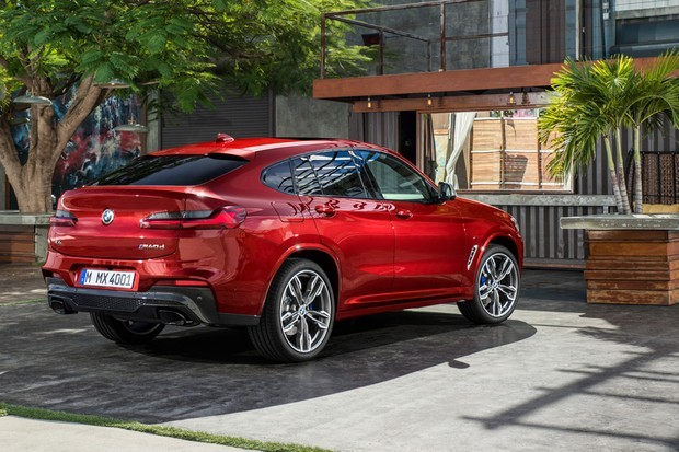 p90291915_highres_the-new-bmw-x4-m40d-